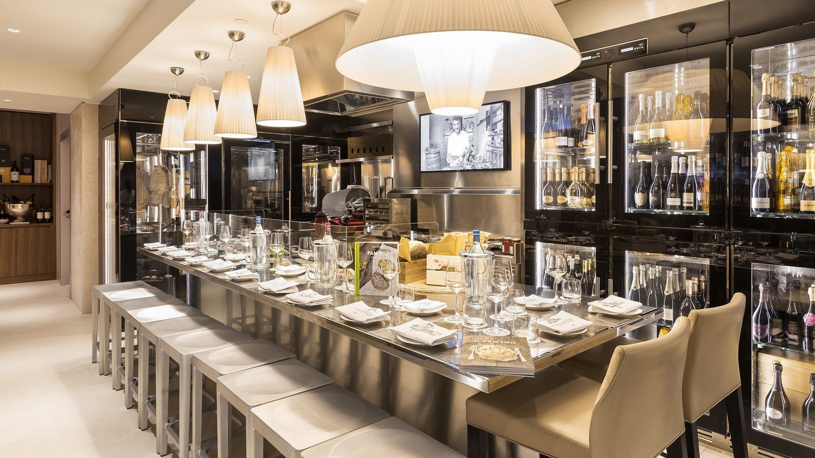 Wine Cellar, Excelsior Hotel Gallia, a Luxury Collection Hotel, Milan